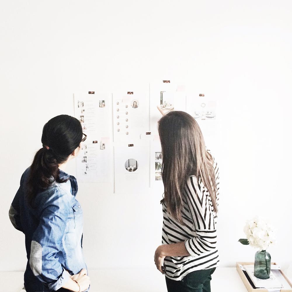 Mercy y Tanit en el estudio The Visual Corner