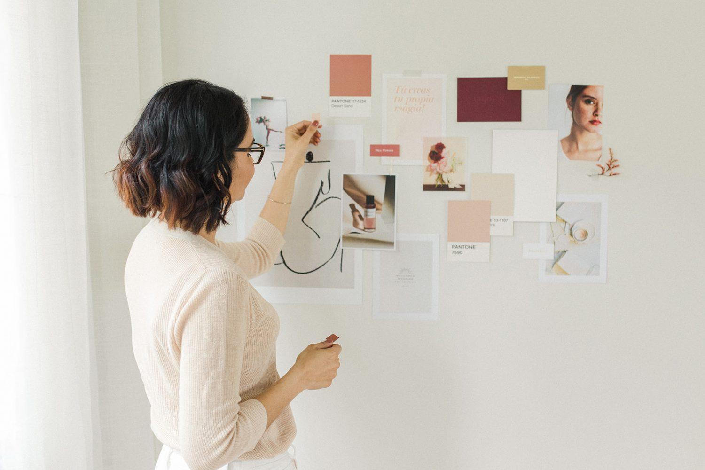 Trabaja de branding por Mercy Guzmán en The Visual Corner branding estudio